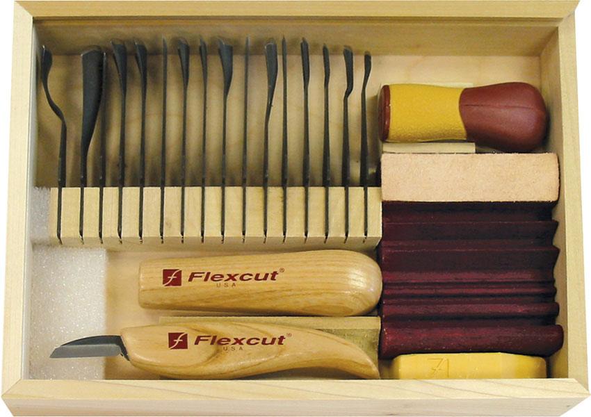 Flexcut Deluxe Starter Set, 17 Different Style Blades w/ SlipStrop, Compound and Storage Box