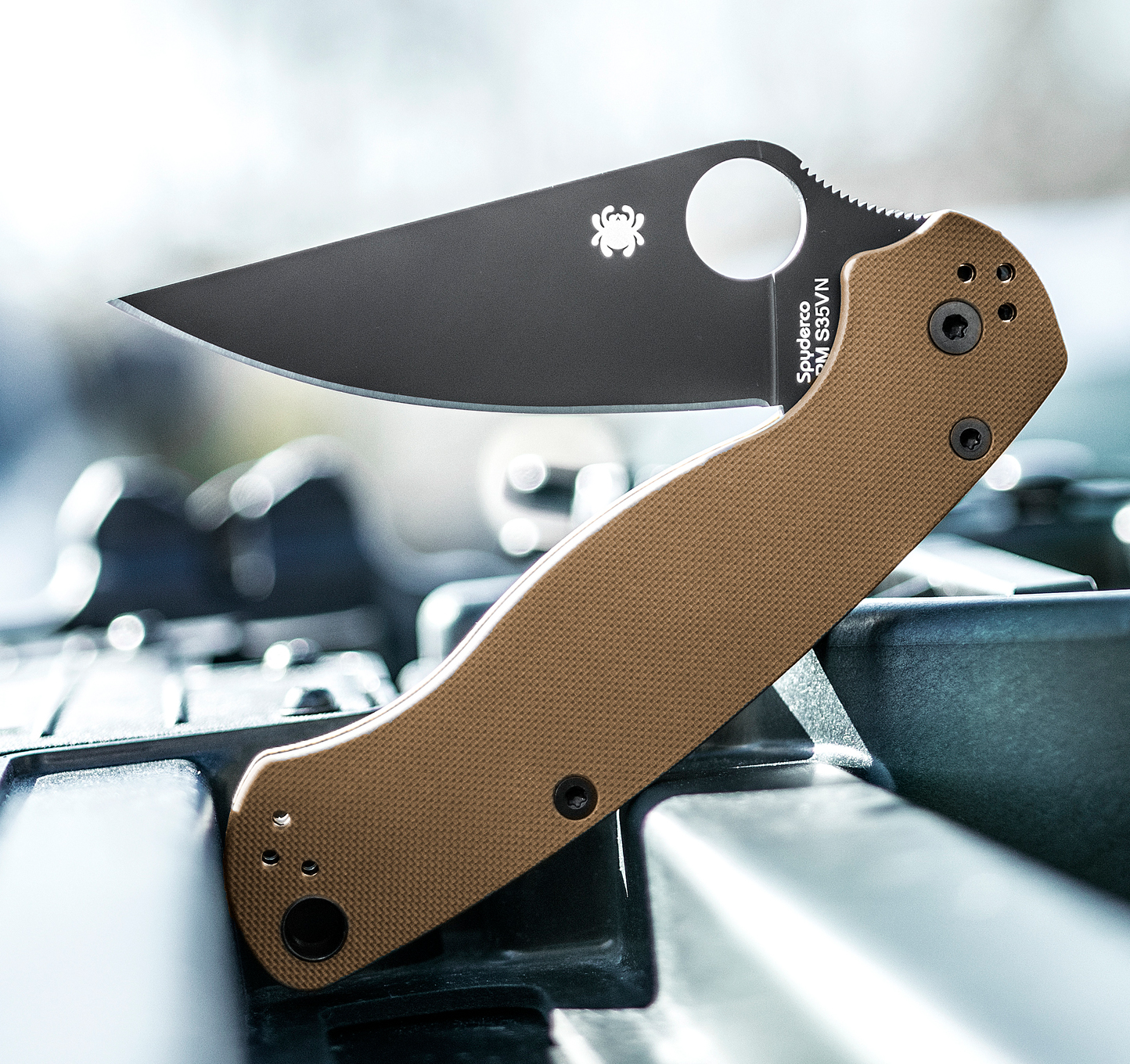 Spyderco Paramilitary 2 Folding Knife 3-7/16
